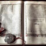 Grundloven af 1915, som den ligger på Christiansborg.