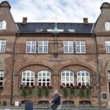 Nordjyske Bank i Frederikshavn. Banken har hyret Danske Bank og Plesner som rådgivere i den proces, der startede i sidste uge, hvor Jyske Bank fremsatte et »uinviteret« købstilbud på Nordjyske Bank. Nordjyske Bank værdisættes til 3,12 mia. kroner, men der kan komme flere bejlere på banen.