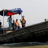 Akrivfoto: Kystvagter, som sejler langs Den Bengalske Bugt.