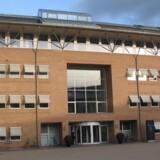 Retten i Glostrup har afsat over 40 retsmøder til at behandle en straffesag mod en 70-årig mand fra Brøndby. Sagen drejer sig om voldtægt på bestilling. Den tiltalte nægter sig skyldig i medvirken til overgreb på mange børn (arkivfoto). Free/Per Johansen, Pressefoto, Domstolsstyrelsen