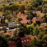 -Arkiv- RB PLUS Skat på vej retur til 730.000 boligejere Ifølge regeringens plan for et nyt boligskattesystem står 730.000 boligejere til at få skat tilbage. Desuden skal 600.000 have permanent skatterabat, lyder det. - - - . (Foto: Linda Kastrup/Scanpix 2016)