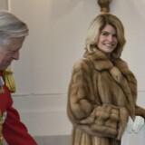 Og det bliver ikke let, erkender 57-årige Carla Sands, der fredag var på besøg hos dronning Margrethe for at aflevere sin fuldmagt.