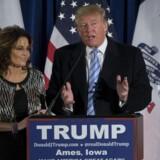 Med Sarah Palins støtte til den kontroversielle præsidentkandidat Donald Trump er den republikanske ledelse sendt noget nær til tælling. For med Sarah Palins opbakning til Trump er drømmen om at få Donald Trump til at forsvinde ved at fortone sig.