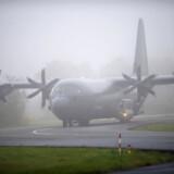 Onsdag landede de danske soldater, der har været aktive i Libyen. I Skrydstrup landede en Hercules jordpersonel. De 6 jagerfly blev pga. af tåge om dirigeret til Karup, hvor flyene skulle blive til vejret ændrede sig.