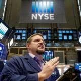 Aktier: Telekommunikation og ejendomsselskaber trækker ned. REUTERS/Brendan McDermid