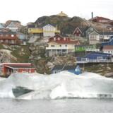 (ARKIV) Den lille by Ilulissat i Grønland danner rammen om arktis-møde.