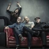 Indierockerne pixies har netop udgivet deres nye album »Head Carrier«.