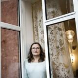 Helle Dueholm er psykoterapeut og underviser i mindfulness på blandt andet aftenskole.