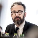 Ole Birk Olesen, transport-, bygnings- og boligminister )LA).
