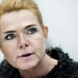 ARKIV. Folketingets Finansudvalg har finansminister Kristian Jensen (V), ministeren for udviklingssamarbejde Ulla Tørnæs (V) og udlændinge- og integrationsminister Inger Støjberg (V) i åbent samråd om udviklingsbistanden, tirsdag den 30. maj 2017. PET tog affære, da der var ved at opstå tumult i forbindelse med, at Støjberg besøgte et udrejsecenter, skriver Ritzau fredag den 3. november 2017.. (Foto: Liselotte Sabroe/Scanpix 2017)