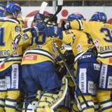 Ishockeyspillerne i verdens længste kamp blev udsat for skadesrisiko. Fagforbund i Norge åbner undersøgelse.