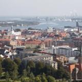 Det kabel-TV-net, som dækker to tredjedele af Aalborg Kommune, skal fremover ikke alene bruges af private husstande. Nu skal også virksomheder og offentlige institutioner kunne kobles på. Arkivfoto: Iris/Scanpix