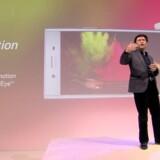 Sonys nye toptelefon, Xperia XZ Premium, kan optage i superslowmotion, som så man efterfølgende kan se alle detaljer, fortæller Sonys chef for globalt salg og markedsføring Hideyuki Furumi. Foto: Sony
