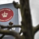 En chauffør blev fyret fra et nordsjællandsk apotek, fordi han havde sendt en privat sms i arbejdstiden. Nu har han fået erstatning.