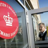 Sagen mod en ung kvinde fra Kundby anklaget efter terrorparagraffen. Retten i Holbæk.. (Foto: Nils Meilvang/Scanpix 2017)