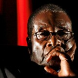 Robert Mugabe er nu trådt tilbage.