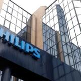 Arkivfoto. Den hollandske elektronikkoncern Philips fastholder forventningerne efter et første kvartal med en vækst på 4 pct. på sammenlignelig basis.