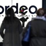 »Var Nordea flyttet til København, ville vores lille land huse Nordens to største banker med en balance, der tilsammen er næsten fire gange så stor som det danske bruttonationalprodukt (BNP).«