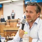 Anders Samuelsen (LA) satser på, at skatten skal ned, når regeringen til efteråret forhandler finanslov, siger han på Folkemødet.