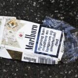 Flere kvitter smøgerne. Et uforudset fald i antallet af leverancer førte til et dyk i cigaretgiganten Phillip Morris' aktier torsdag på hele 16 pct.