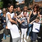 Protestpolitikeren Virginia Raggi er favorit ved søndagens kommunalvalg i Rom, efter at hun vandt første runde på løfter om at indføre »normale tilstande« i Italiens hårdtprøvede hovedstad.