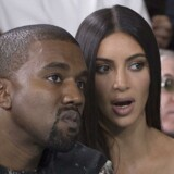 Kim Kardashian West og hendes mand, Kanye West, var i Paris i forbindelse med modeugen. Han var rejst tilbage til USA, da Kim Kardashian søndag nat blev røvet i sin hotellejlighed i Paris.