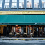 En af Københavns ældste cafeer, Café Sommersko, lukker.