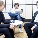 Virksomheden IIH Nordic har indført 4 dages arbejdsuge, og tildelt medarbejderene adgang til koncentrationsfremmende musik. De er begejstrede for tiltaget. Direktør Henrik Stenmann til højre.
