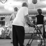 Hver femte patient har oplevet at blive afvist af deres praktiserende læge, når de har henvendt sig med bekymring om demens. Det viser en ny undersøgelse fra Alzheimerforeningen. Free/Colourbox