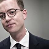 Arkivfoto. Miljø- og fødevareminister Esben Lunde ser trods flere opfordringer ikke nogen grund til at registrere opkøb.