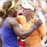 Serena Williams og Caroline Wozniacki skulle dyste i næsten af tre timer, før der var fundet en vinder.