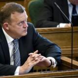 Venstres formand, Lars Løkke Rasmussen, måtte lægge ryg til en del drillerier under afslutningsdebatten i Folketinget. Foto: Torkil Adsersen