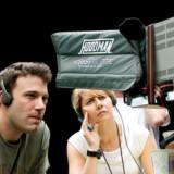 Skuespilleren Ben Affleck har sat sig om på den anden side af kameraet i instruktørstolen med filmen »Gone Baby Gone«.