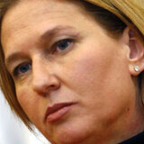 Israels udenrigsminister Tzipi Livni kritiserer USA for at være for blødsødne over for Irans atompolitik.