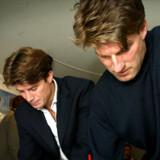 Brian og Michael (til højre) Laudrup bliver ikke foreløbig prime time-underholdning på TV. Foto: Nils Meilvang