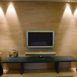 Bang & Olufsen skal levere TV og højtalere til kinesisk luksushotel.