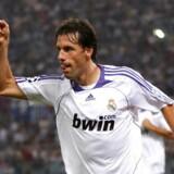 Ruud van Nistelrooy har nu scoret 52 mål i mesterligaen. Foto: Giampiero Sposito/Reuters