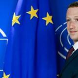 Facebook-chef beder tirsdag aften om tilgivelse i EU-Parlamentet for at have forsømt sit ansvar.