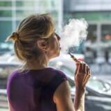 E-cigaretter får mange unge til at begynde med at ryge rigtige cigaretter, viser undersøgelse