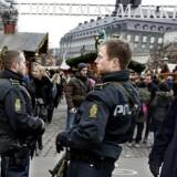 Efter gårsdagens angreb med en lastbil på et julemarked i Berlin er dansk politis overvågning af julemarkeder optrappet. Her ved julemarket på Højbro Plads.