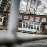 Langeland har lavet big business ud af at drive asylcentre. Det startede som en solstrolehistorie, men har udviklet sig til et væld af møgsager. Her ses Børnecenter Tullebølle, der sidst oktober måtte dreje nøglen om.