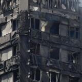 Branden i Grenfell Tower overraskede alle med sin eksplosive voldsomhed, og mange blev fanget i flammerne, mens de ventede på hjælp.