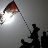 En båd med tre palæstinensere sejlede uden for Gazas fiskerizone. Det fik Israels flåde til at skyde mod dem.