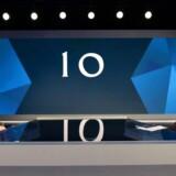 Den britiske premierminister, Theresa May, og oppositionsleder, Jeremy Corbyn, stillede mandag op til en lidt akavet politisk duel arrangeret af Sky og Channel 4, hvor de to partiledere aldrig mødte hinanden. På billedet venter May på spørgsmålene fra den kendte udspørger Jeremy Paxman. Foto: Stefan Rosseau/AFP