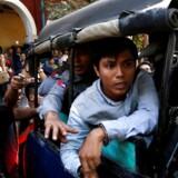 Ved retsmøde onsdag i Myanmar er to journalister blevet sigtet for at være i besiddelse af hemmelige papirer.
