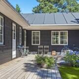 Flere og flere danskere at købe et gammelt sommerhus og rive huset ned for at gøre plads til et nybygget sommerhus.