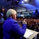 Det er de seneste fire års politiske resultater, der har sikret Norges borgerlige regering en - efter alt at dømme - valgsejr mandag aften, mener statsminister og Høyre-formand Erna Solberg kort efter midnat. Reuters/Ntb Scanpix
