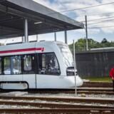 Letbanen i Aarhus, der er ramt af omfattende forsinkelser, kan måske åbne om »allerede« fem uger - såfremt Trafikstyrelsen accepterer den forelagte plan.