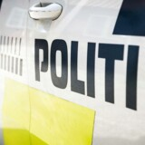 Våbnene gemte han ifølge sigtelsen i en ulåst campingvogn i Københavns Nordvestkvarter i perioden fra 21. september og frem til 13. oktober.