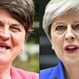 Lederen af det demokratiske unionistparti (DUP) i Nordirland, Arlene Foster (tv), håber at forhandlinger om et regeringssamarbejde med Theresa Mays /th) konservative parti kan færdiggøres søndag d. 2. juli. Forhandlingerne har været langstrakte, og er blevet yderligere forsinkede af branden i Grenfield Tower og to terrorangreb - alle tre i London. DUP er et ultrakonservativt parti, der er imod abort, homosekuelles rettigheder og har flere medlemmer, der afviser evolutionsteorien, til fordel for en kristen kreationisme. Theresa May er afhængige af DUP, for at have flertal i det engelske parlament.